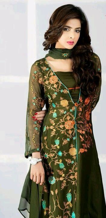 02ba9f4a60 Saba Qamar looking gorgeous in green salwar suit | Celebs ...