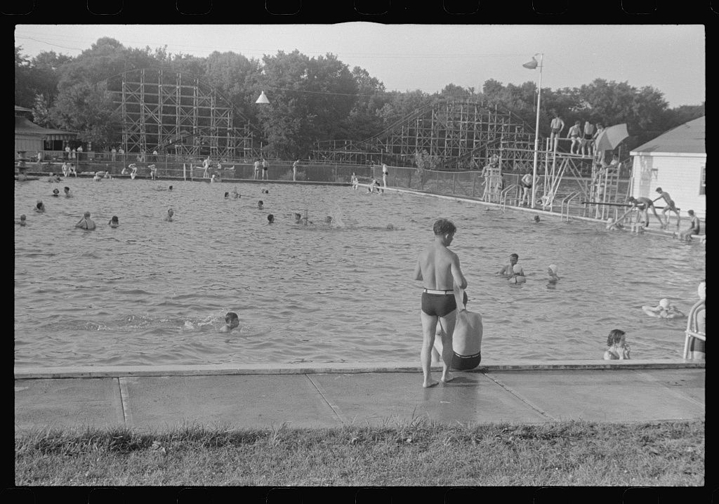 Swimming Pool Buckeye Lake Amusement Park Near Columbus