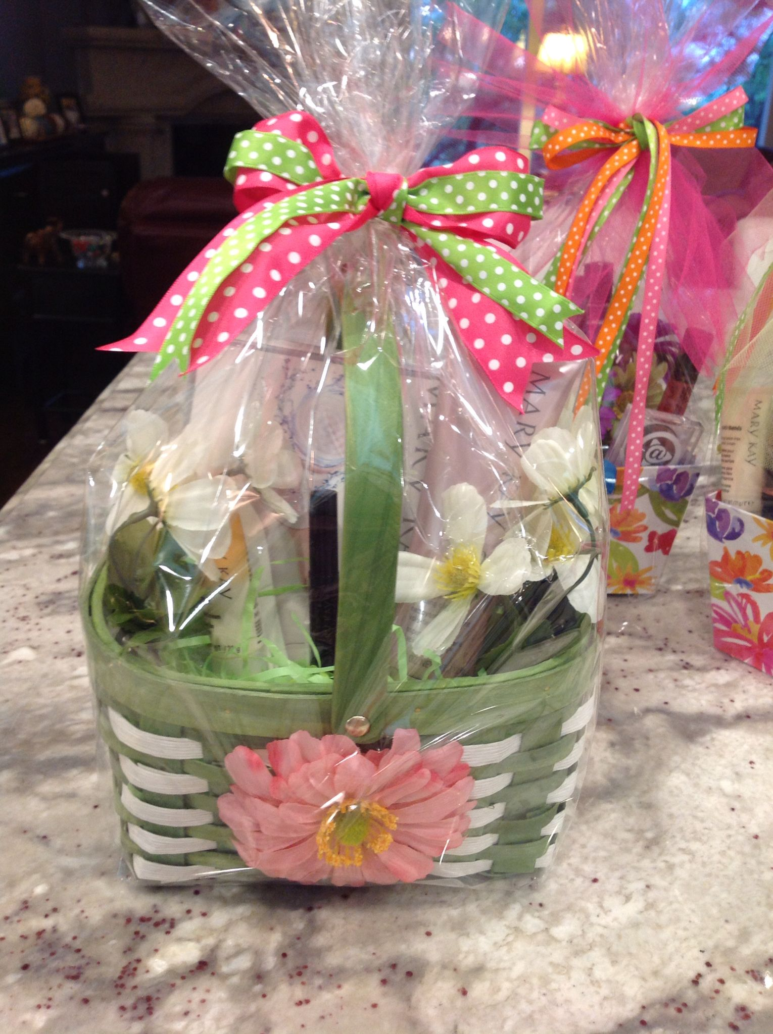 Mary Kay Mother S Day Baskets Skinvigorator With A Foaming Cleanser Mary Kay Gifts Mary Kay Holiday Mary Kay Printables