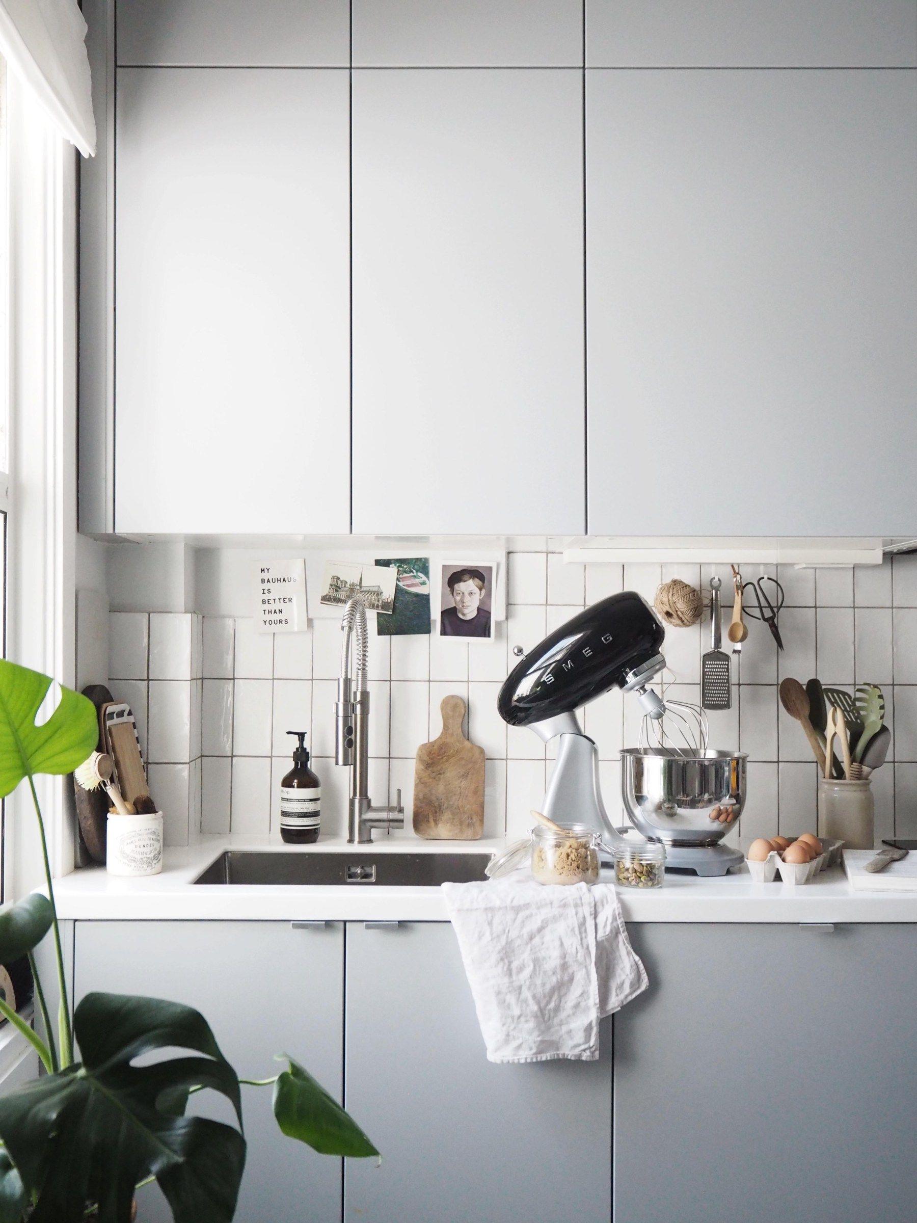simple kitchen style smeg stand mixer review brown sugar rh pinterest com