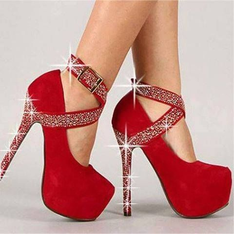 Rojo con diamantes