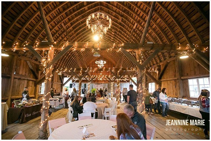 Maple Ridge Farm, Minnesota farm wedding, Minnesota barn ...