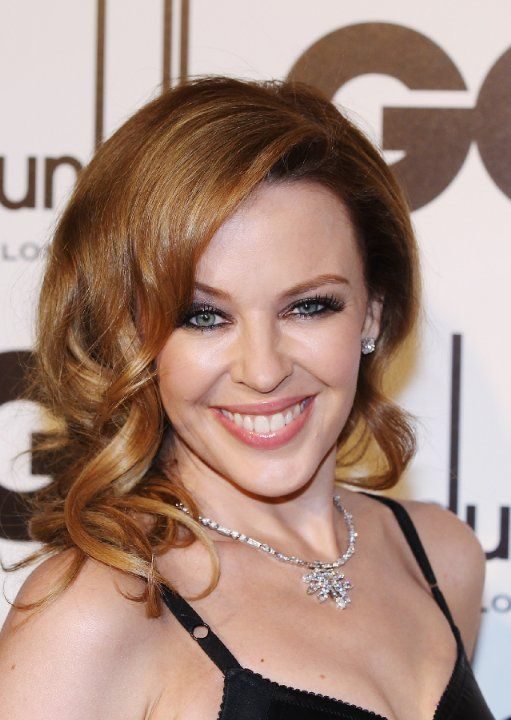 kylie minogue looks like kelly adams actors switched at