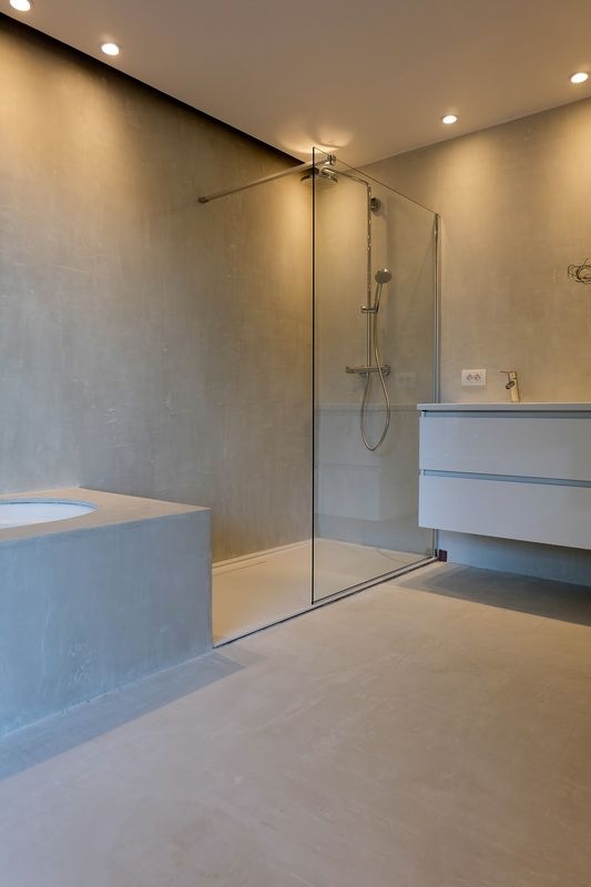 douche in mortex - www.atelier27.be | Huis badkamer | Pinterest ...