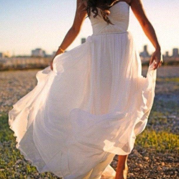 White flowey long dress