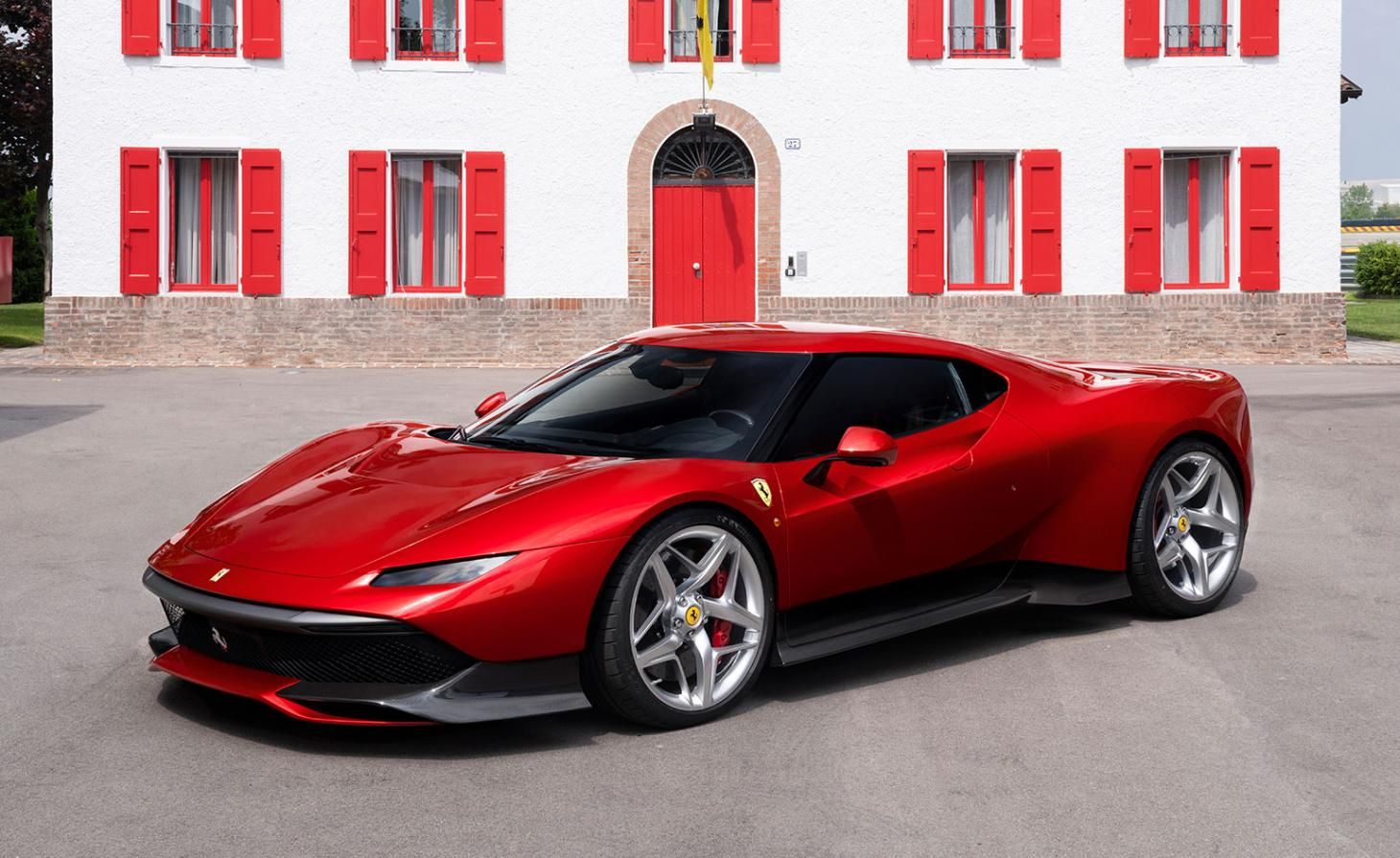 Ferrari Unveils A Surprise One Off Supercar Which Nostalgically Nods To 70s And 90s Car Design New Ferrari Sports Car Super Cars