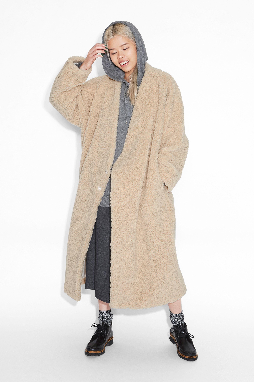 Monki Image 2 of Shearling kimono coat in Beige Light