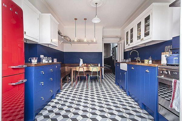 brilliant blue bright red by british standard brilliant blue rh pinterest ca