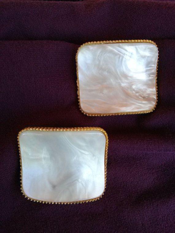 Vintage 1960s Shoe Clips White Marble Plastic 2015183