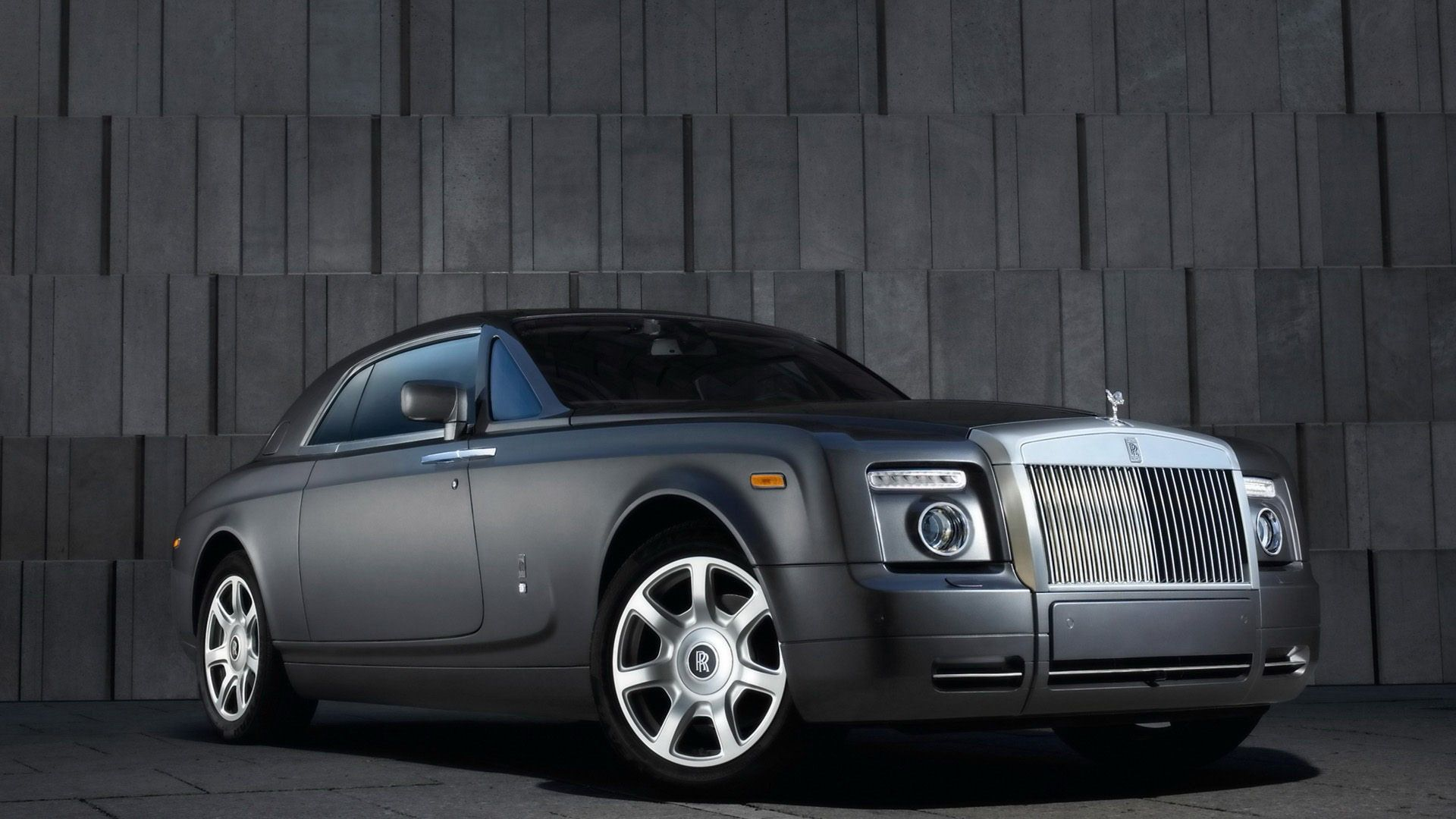 Rolls Royce Phantom Hd Grey Rolls Royce Phantom Cars Phantom Rolls Royce 1080p Wallpaper Hdwallpaper Deskto In 2021 Rolls Royce Phantom Rolls Royce Car Images Full hd rolls royce car hd wallpaper