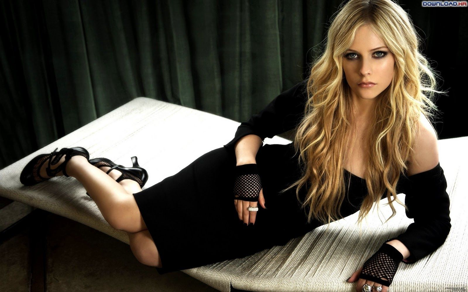 Avril Lavigne Avril Lavigne Celebrities Celebrity Wallpapers