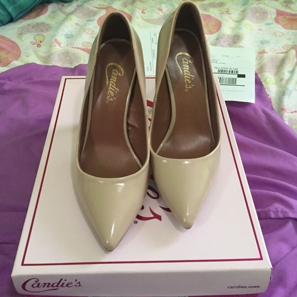 Taupe heels Cute taupe heels from candies . Very comfortable. Brand new never worn. Comes with original box. PRICE IS FIRM Steve Madden Shoes Heels