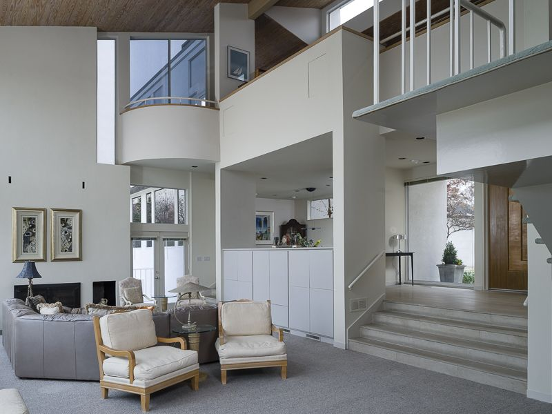 A beautiful modern home designed by renowned