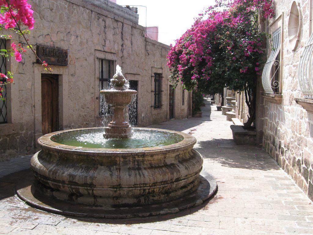 vista del Callejón del Romance en Morelia