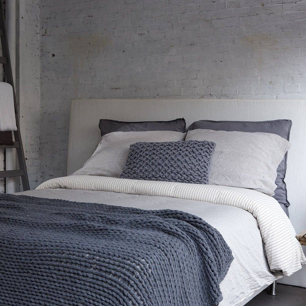 Bedrooms House In Style HS Graham Throw