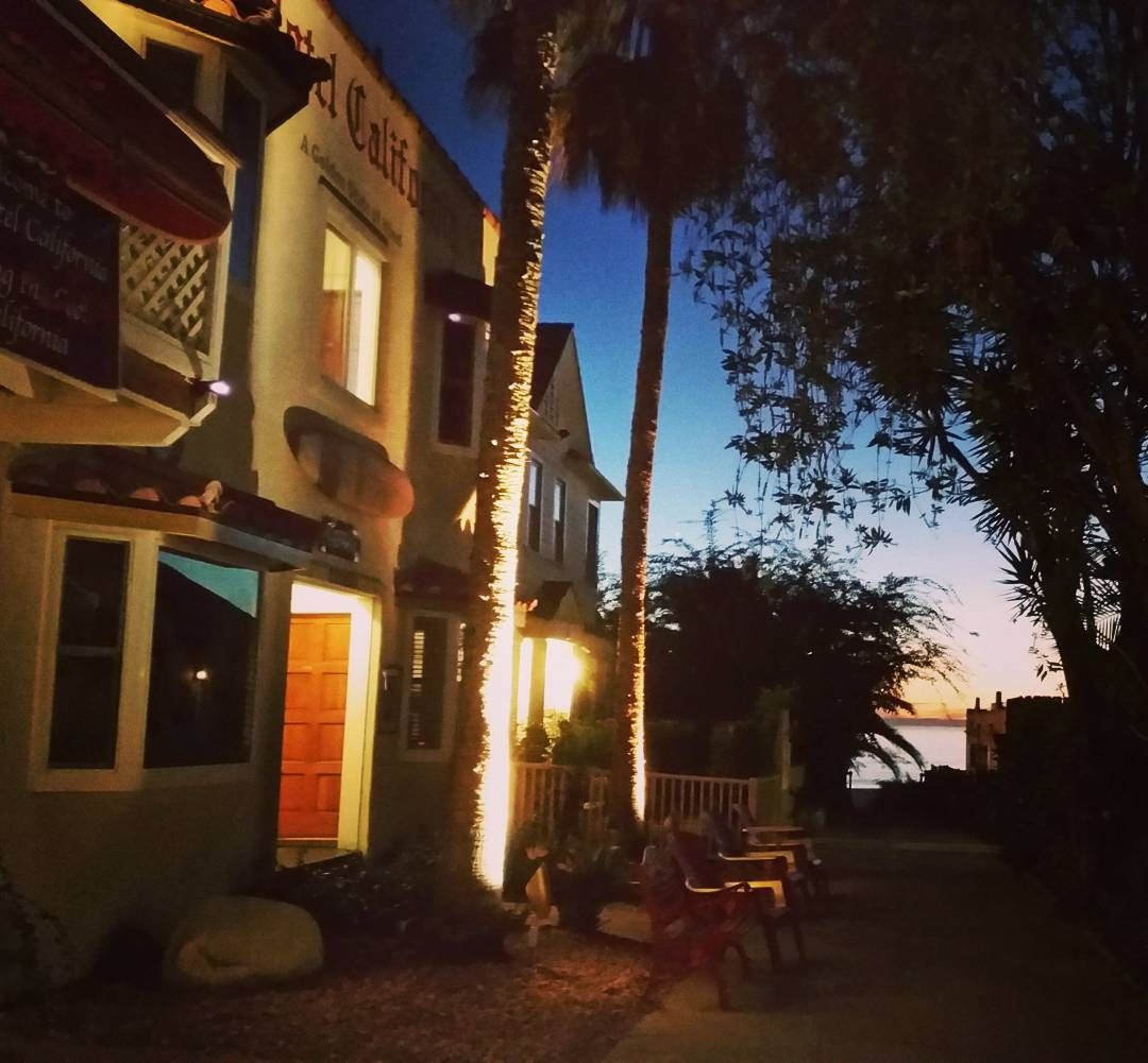 more than just a lovely place hotel california in santa monica rh pinterest es