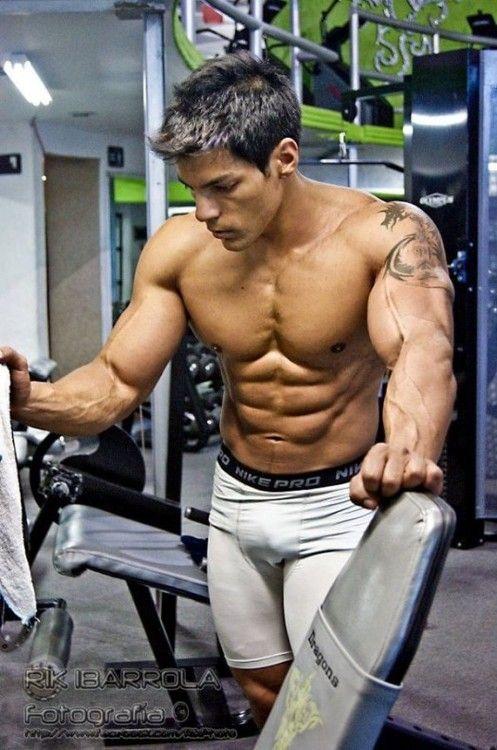 Hawt gym buddy