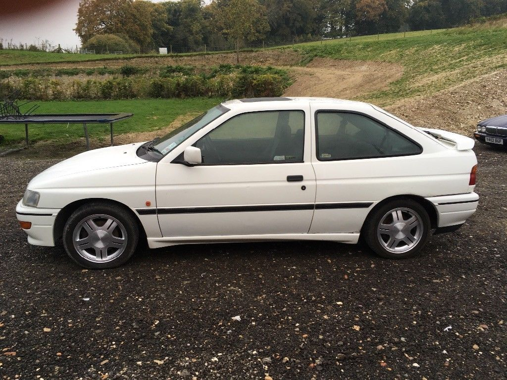 looking for a ford escort rs2000 16 valve 1992 with mot till october rh pinterest com