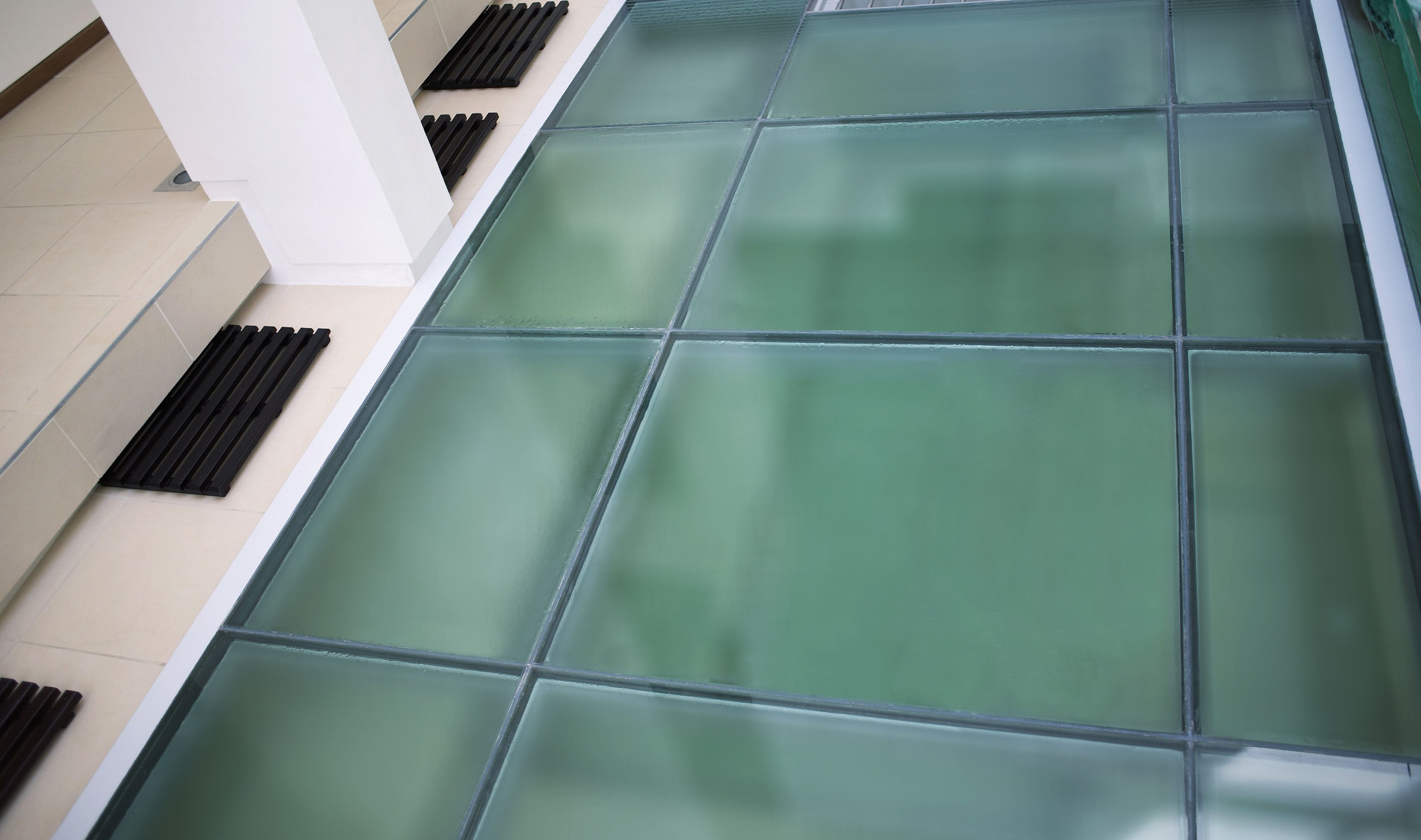 Glass Floor Laminated Flooring, Laminated Glass Flooring