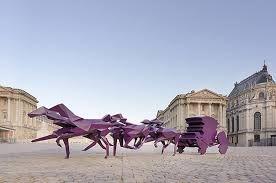 xavier veilhan renzo piano lyon hotel statue ile ilgili görsel sonucu