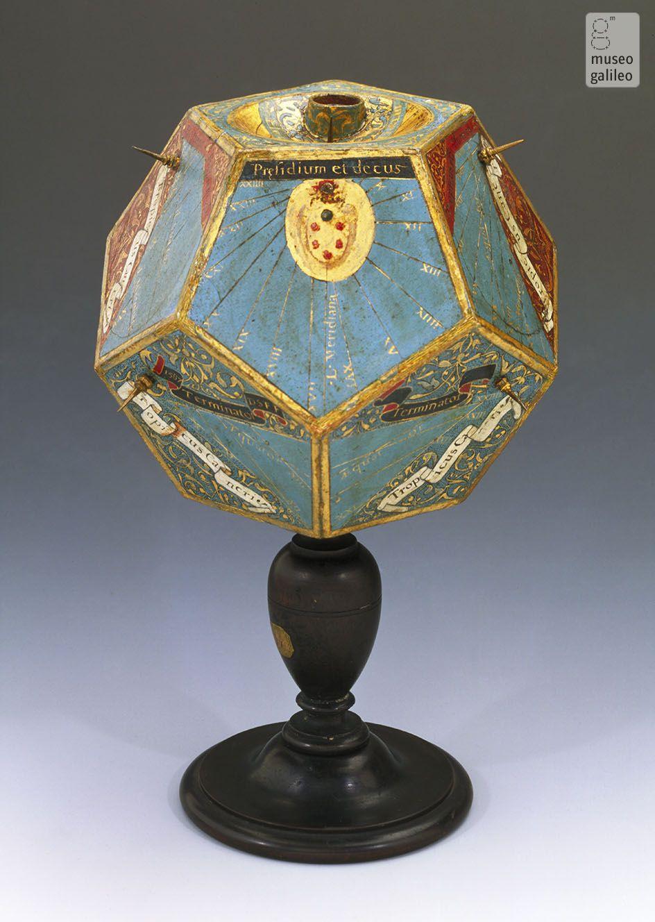 Los poliédricos relojes de sol del Museo Galileo en Florencia.