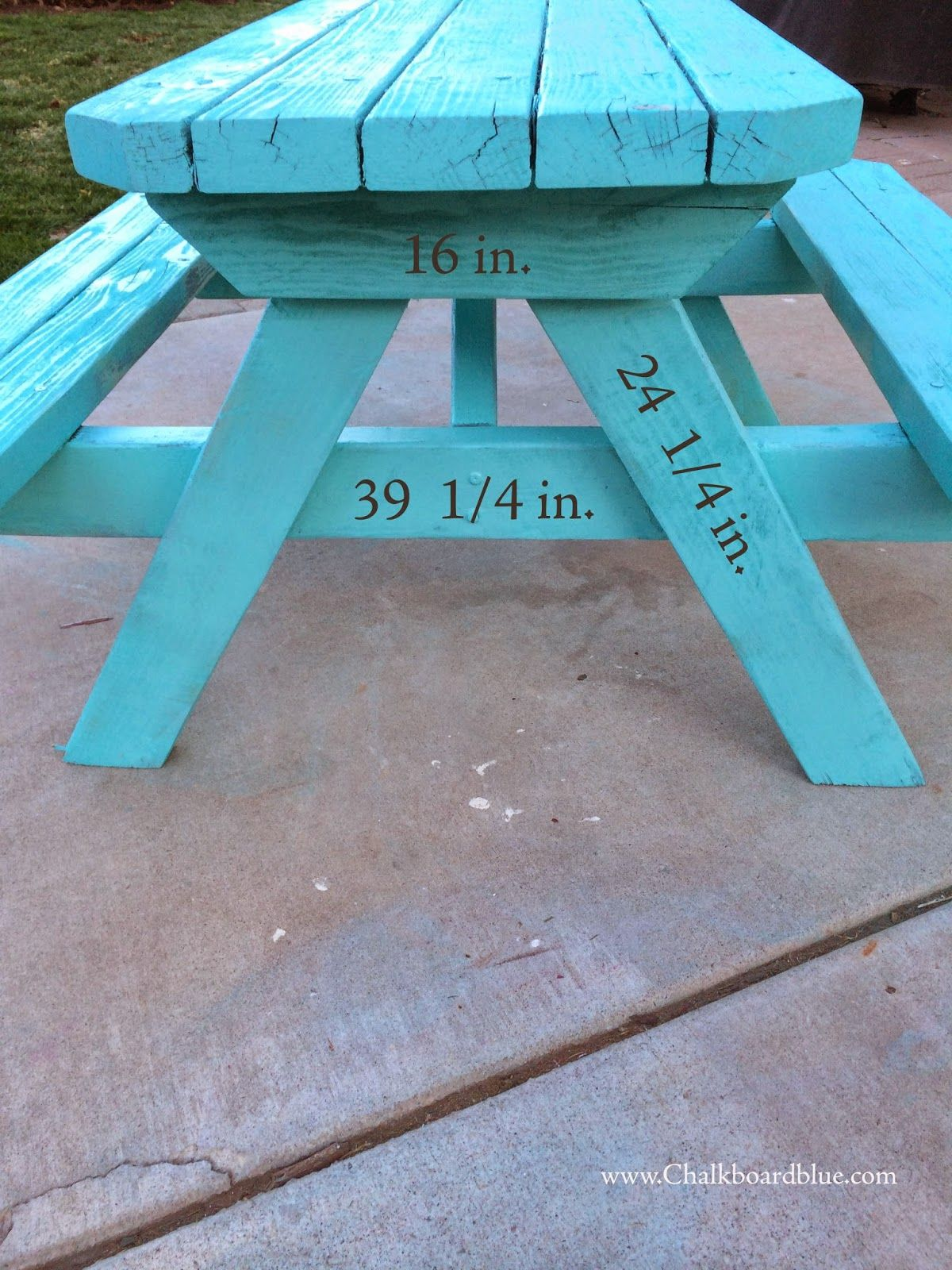 chalkboard blue how to build a kids pic nic table aria puppy rh pinterest com