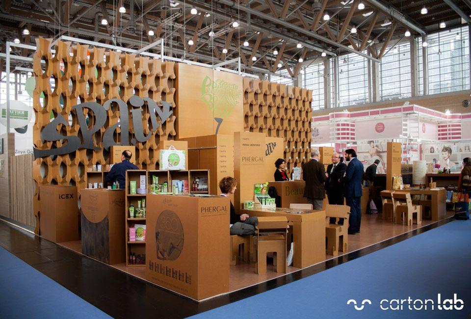 Exhibition Booth In Spanish : Diseño de stands mostradores y sillas ecológicas para la