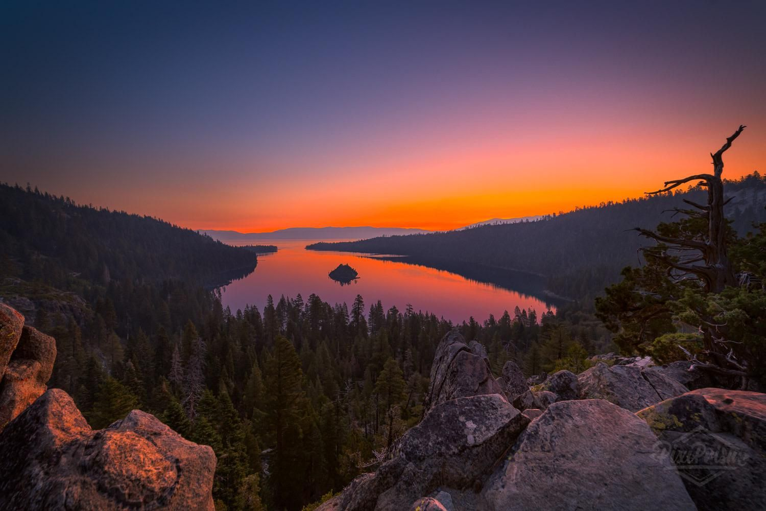 Seconds Before Sunrise Over Emerald Bay In Lake Tahoe Oc 1500x1000 Amazing Beautiful Photography Earth In 2020 Before Sunrise Lake Tahoe Sunrise