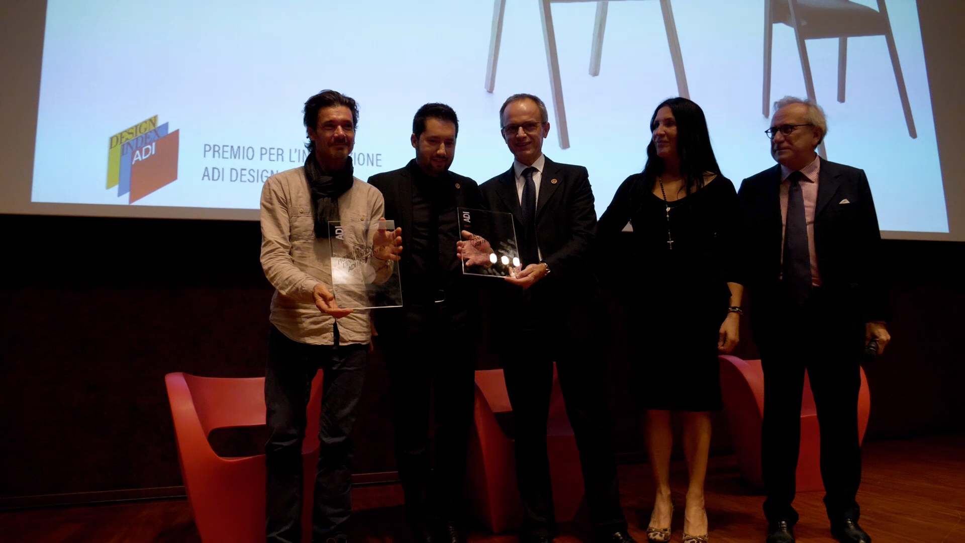 Let's relive together the highlights moments of the ADI Index 2019 event where Genea Poltrona won the innovation award. An exciting evening that we retrace through the best moments with this video. A beautiful #TBT that warm our heart. . #adidesignindex #adidesign #adi #adidesignindex2019 #index2019 #CompassodOro #compassodoro2020 #adiinnovationdesign #exhibitiondesign #interiordesign #adi2020 #ecodesign #geneacollection #Passonidesign