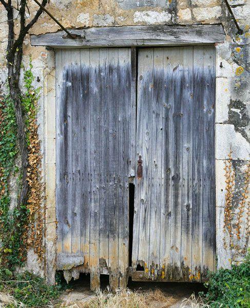 Google Afbeeldingen resultaat voor http://www.tuinposter.nl/library/original/15944-oude-deur-in-frankrijk-in-stenen-muur.jpg