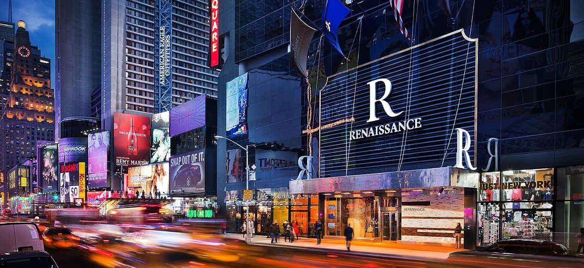 New York Times Square Hotels | Renaissance NYC Boutique Hotel- the second floor bar for a drink and a spectacular view of Times Square