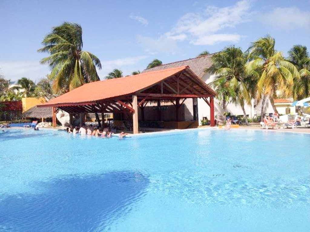 Brisas Santa Lucia  All inclusive vacation deals Cuba