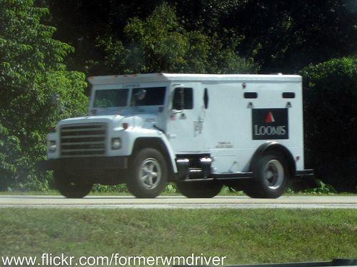 Armored Bank Trucks Old Loomis International Armored Truck
