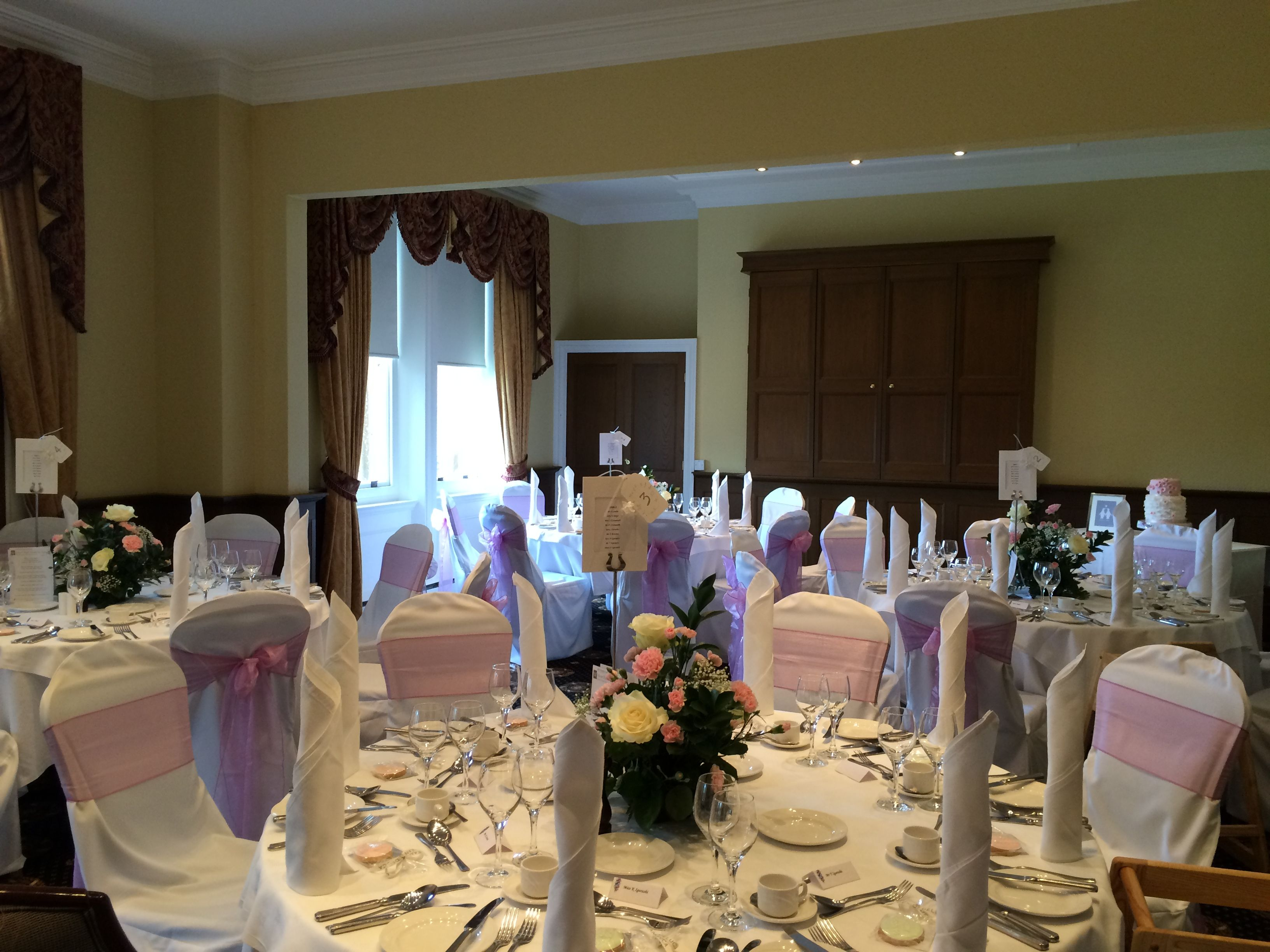 Wedding Breakfast Bracebridge Room At Moor Hall Hotel Spa Venues In Sutton Coldfield