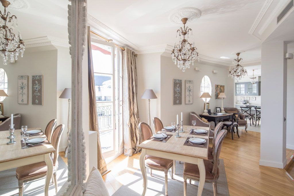 how to add paris chic to your decor dining room paris apartments rh pinterest com