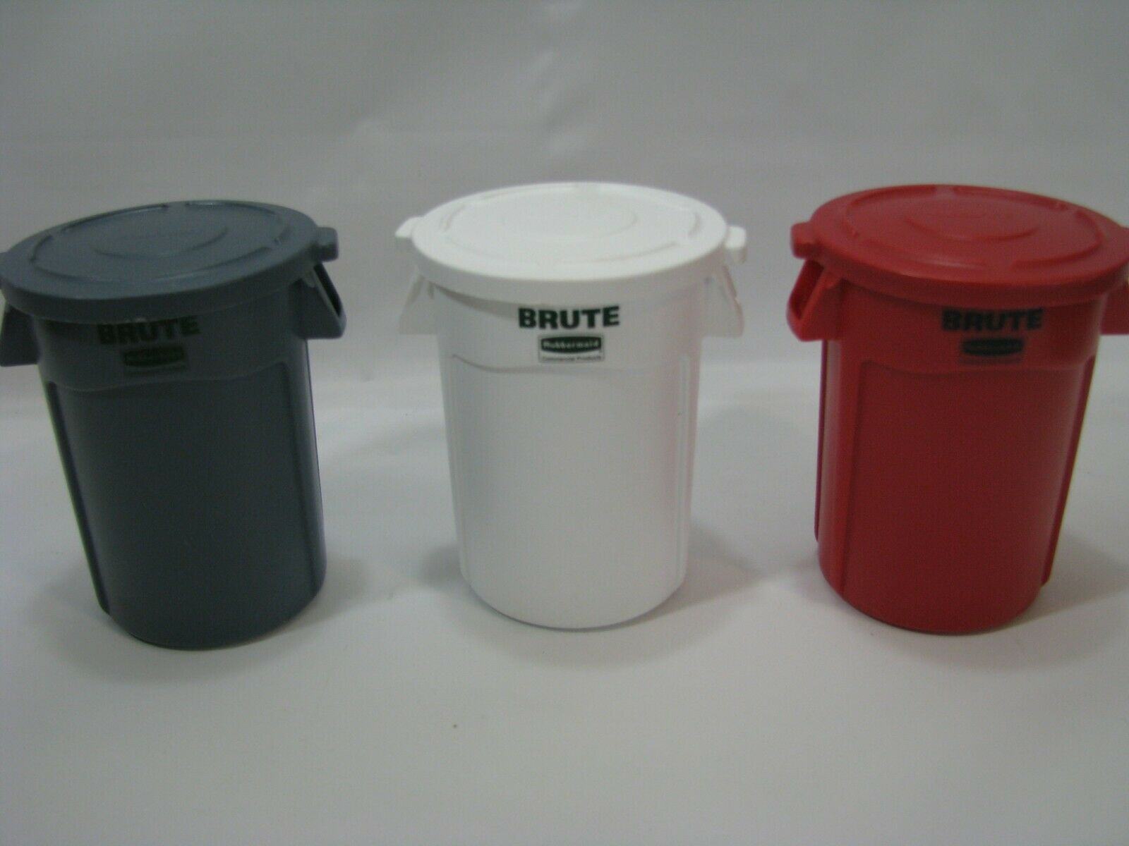 Https Ift Tt 38jbptg Trash Cans Ideas Of Trash Cans Trashcans Trash