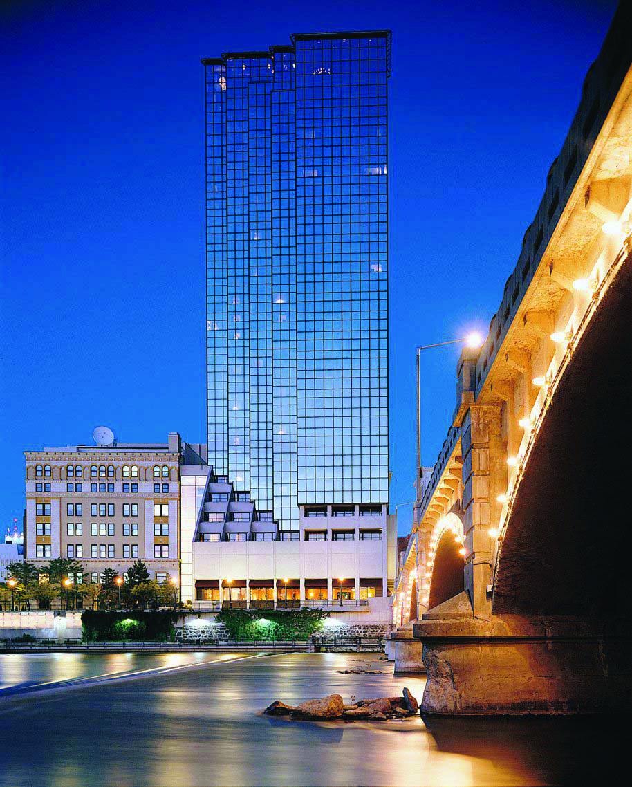 amway hotel collection grand rapids michigan contains three rh pinterest com
