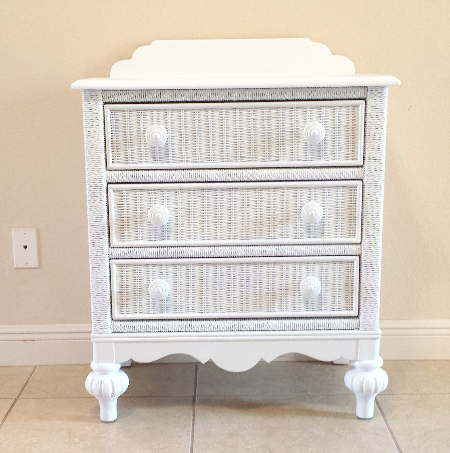 White Lexington Wicker 3 Drawers Chest Commode By Degfurnituredesigns On Etsy 3 Drawer Chest Wicker Furniture