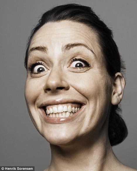 Pin by Darko Stojanovic on Учење | Fake smile, Funny facial