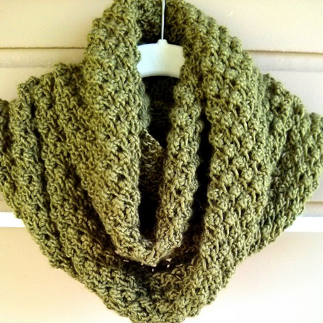 Ravelry Budding Infinity Scarf Pattern By Linda Thach I