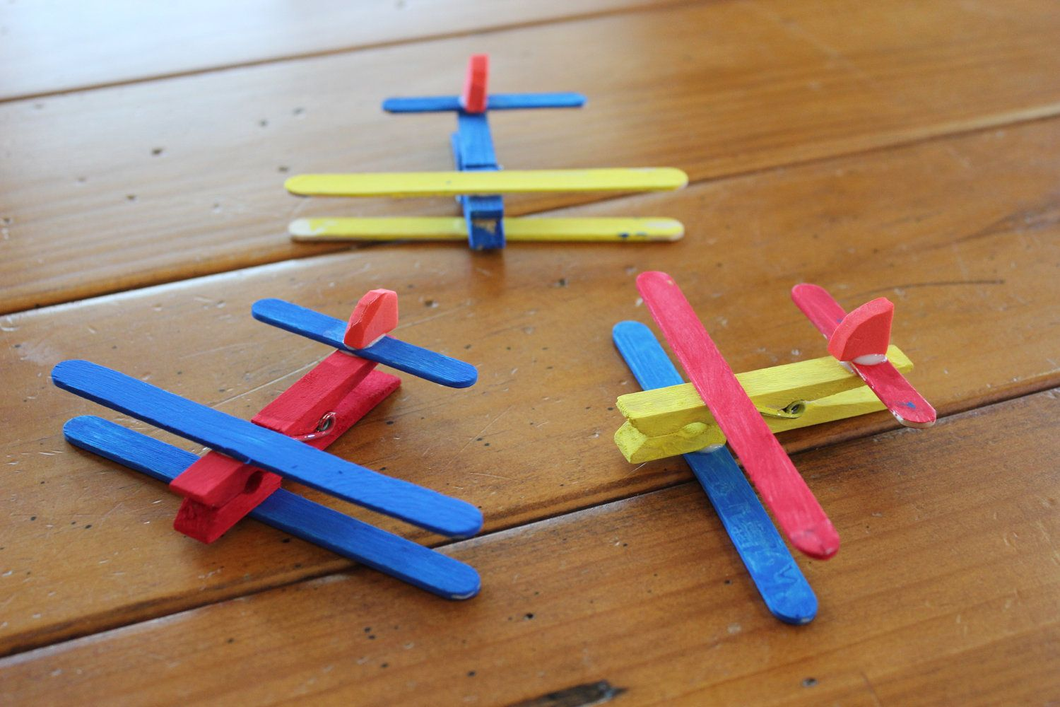 Clothespin Airplane Kids Craft Kit - Makes 4 planes. $6.50 USD, via Etsy.
