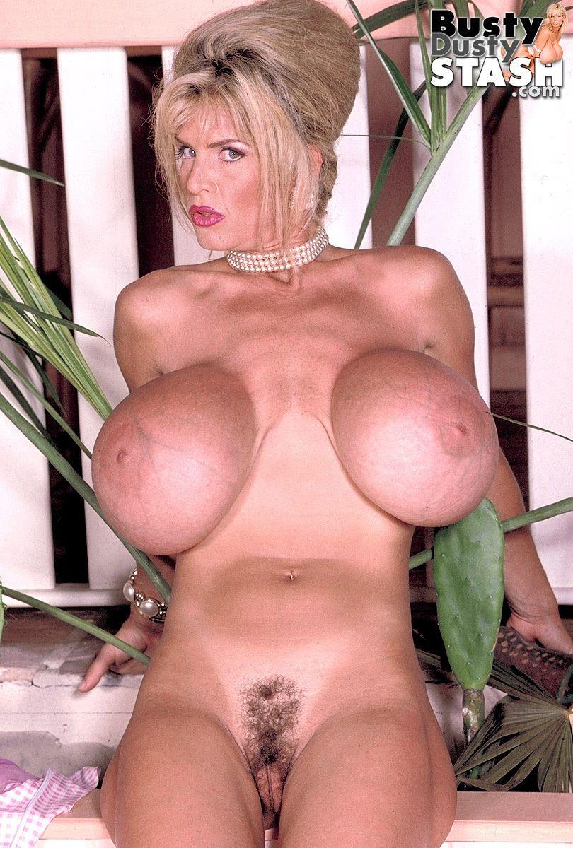 Bbw naked open legs