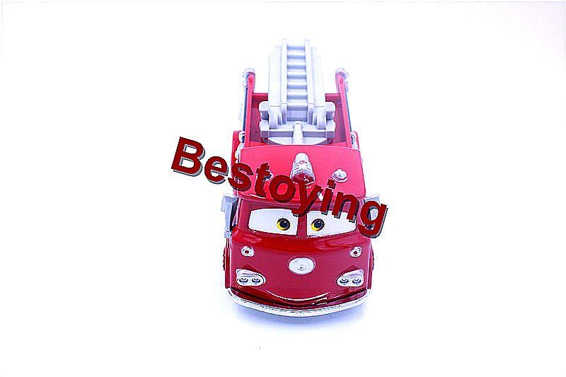 بيكسار سيارات الأحمر عربة إطفاء 1 55 مقياس دييكاست سبائك معدنية Modle لطيف لعب للأطفال هدايا بواسطة البريد المسجل Cute Toys Gifts For Kids Fire Trucks