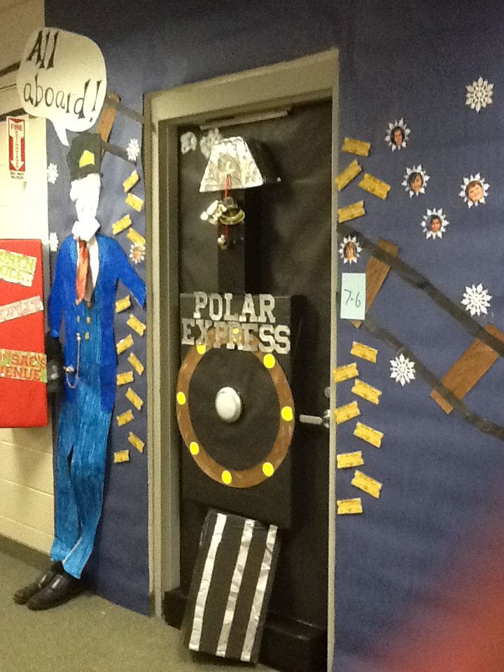 Cougar Claw : Holiday Door Contest Winner Announced ...