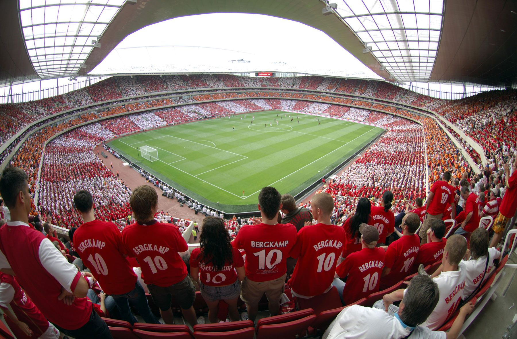 Best Watch An Arsenal Football Match At Emirates Stadium In The Uk 400 x 300