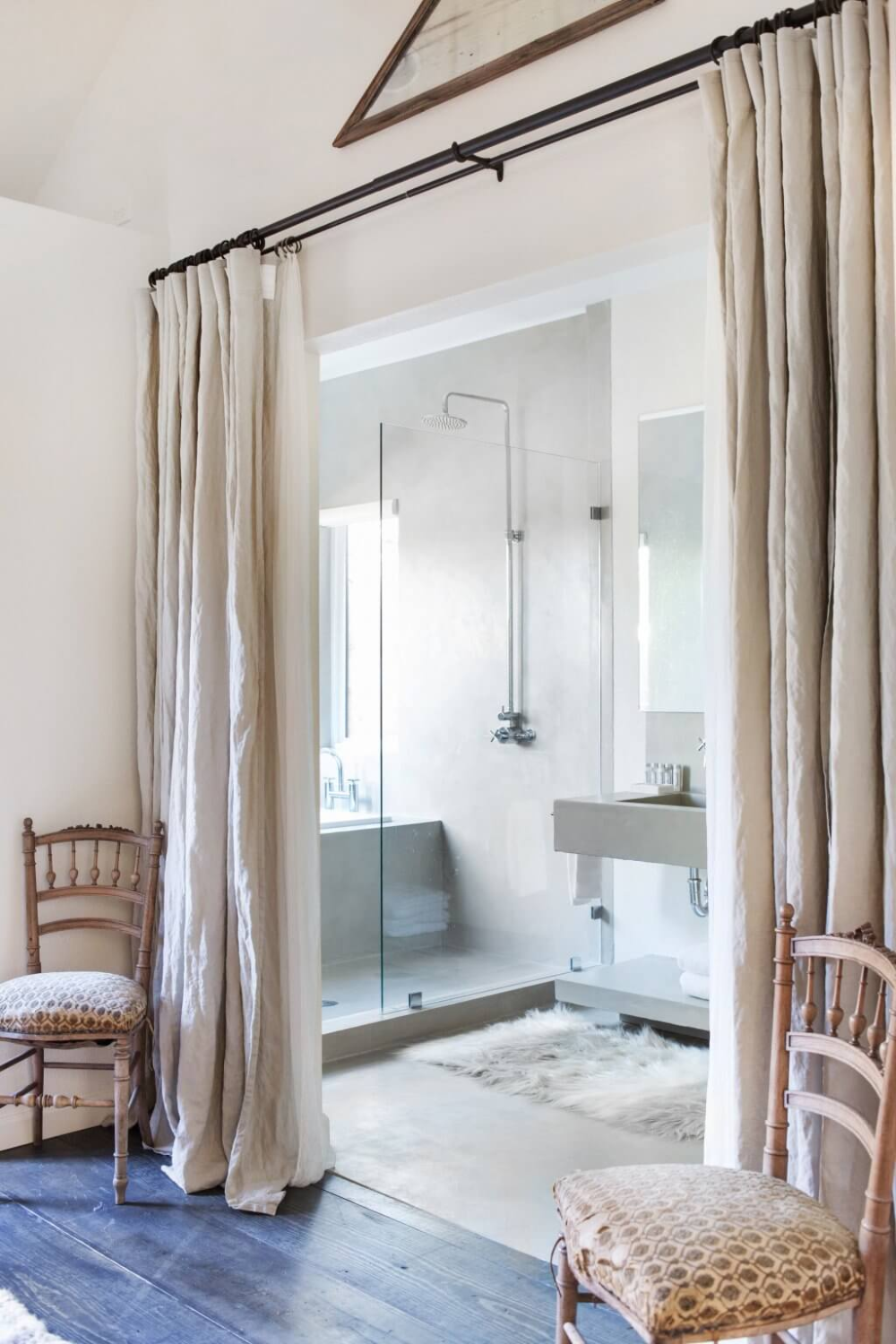 Bathroom Room Divider With Curtains Home Decorating Trends Homedit In 2020 Bedroom Divider Room Divider Curtain Separating Rooms