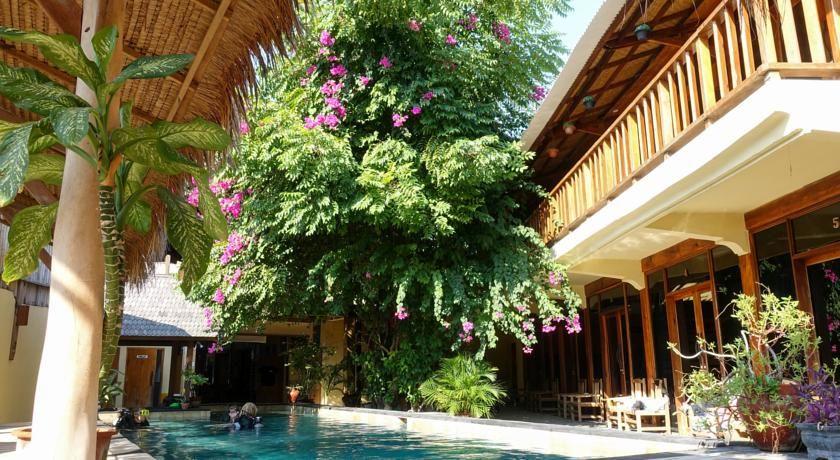 booking com gili divers hotel gili trawangan indonezija 385 rh pinterest com