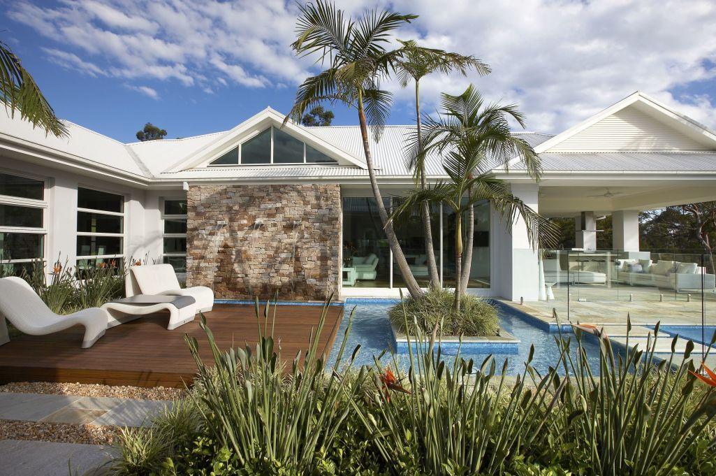 Contemporary swimming pool design ideas Contemporary swimming
