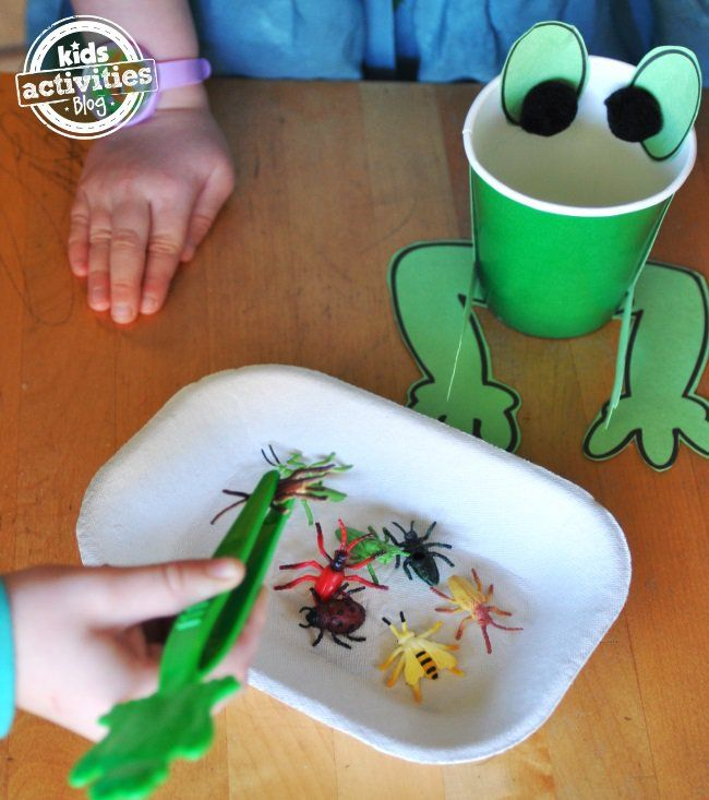 Ivy kids monthly activity kits for kids frog for Frog crafts for preschoolers