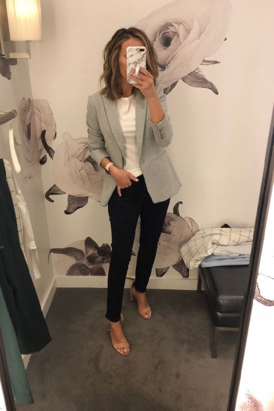 99 Latest Office & Work Outfits Ideas for Women #workwardrobe Check latest offic...